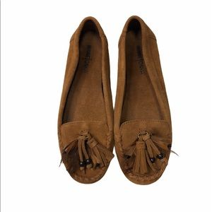 Minnetonka Leather Suede Flat Loafer Shoes